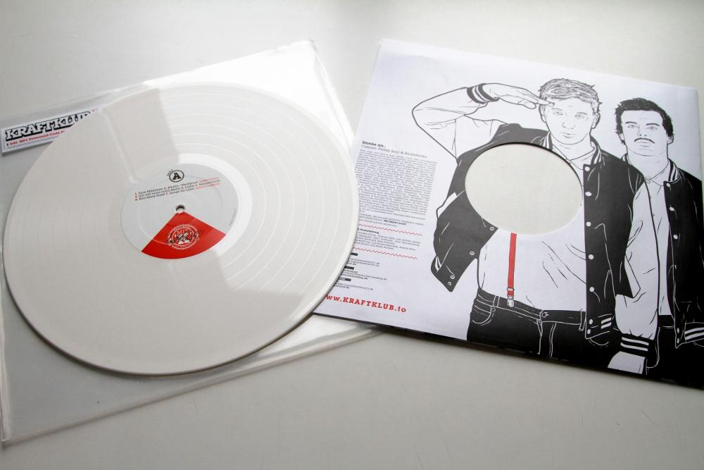 thema anzeigen ist denn vinyl wirklich noch sinnvoll. Black Bedroom Furniture Sets. Home Design Ideas